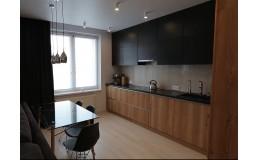 Угловая кухня до потолка. Фасады Soft Touch и Caracalla Deciso