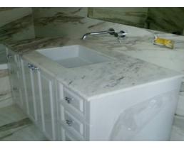 Мебель в ванную вариант 21
