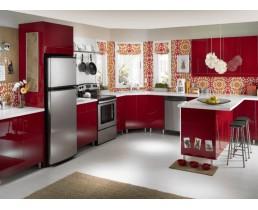 Угловая красная кухня без ручек