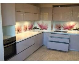 Кухня на заказ, с крашеными  фасадами МДФ12