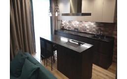 Современная, стильная кухня до потолка, в стиле Лофт