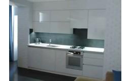 Белая глянцевая кухня без ручек - мечта хозяйки!