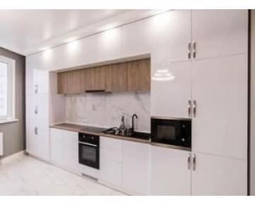 Кухни до потолка. Натяжой потолок и кухня на заказ - как правильно сделать!