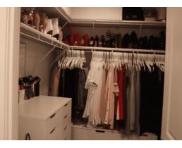 Стильная гардеробная комната в цвете ваниль. Видео.