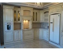 Кухня в классическом стиле. Фасады массив дуба с патиной. Видео