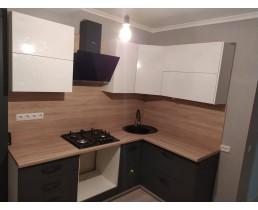 Кухня на заказ в маленькую квартиру. пр. Краснозвездный. Видео