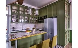 Кухня на заказ с крашеными фасадами МДФ. Неокласика с островом
