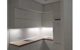 Встроенная белая матовая кухня без ручек на заказ. Фуринитура Blum. ЖК Варшавский квартал. Видео